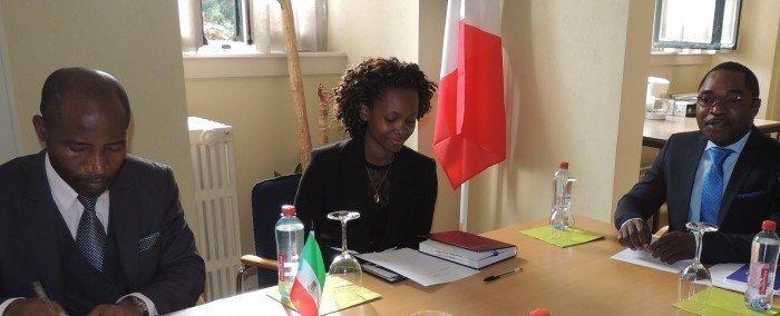 <!--:es-->Guinea Ecuatorial preside en Bruselas la lucha contra el Ébola<!--:--><!--:en-->Equatorial Guinea leads the fight against the Ebola virus in Brussels<!--:--><!--:fr-->La Guinée Equatoriale à Bruxelles à la tête de la lutte contre l'Ebola <!--:-->