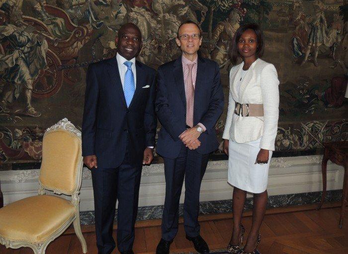 <!--:es-->El Embajador de Guinea Ecuatorial en Bélgica respalda ante el Director de Protocolo del país belga la gala benéfica contra el Ébola<!--:--><!--:en-->The Ambassador of Equatorial Guinea to Brussels Supports the Charity Dinner against Ebola before the National Head of Protocol<!--:--><!--:fr-->L'Ambassadeur de Guinée Equatoriale en Belgique reçoit le soutien de la part du Chef du Protocole de Belgique pour le gala de bienfaisance à l'occasion de la lutte contre l'Ebola<!--:-->