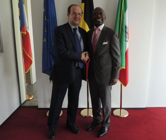 <!--:es-->El Director General de Industria de la Comisión Europea felicita a Guinea Ecuatorial por su buena imagen en Europa<!--:--><!--:en-->The E.C. Director General of Enterprise and Industry praises Equatorial Guinea for its good image in Europe<!--:--><!--:fr-->Le Directeur général de l'Industrie de la Commission européenne félicite la Guinée Equatoriale pour son image positive en Europe<!--:-->
