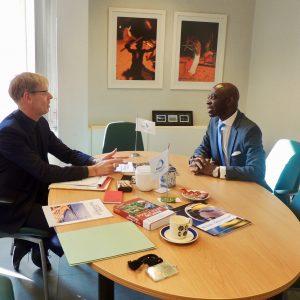 El Embajador en Bruselas se reúne con el Gobierno belga