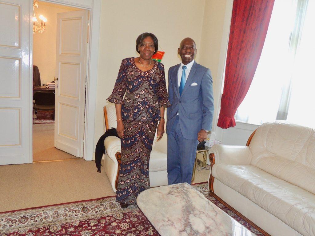 El Embajador agradece el apoyo ante el proyecto de ser sede de la Cooperación Sur-Sur