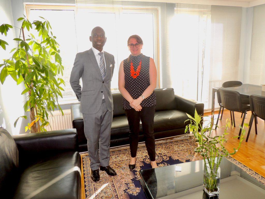Visita a la Embajada ecuatoriana