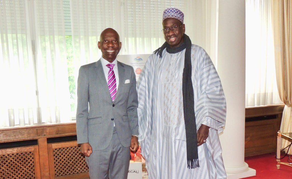 Nvono-Ncá meets with sister countries: Senegal and Nigeria