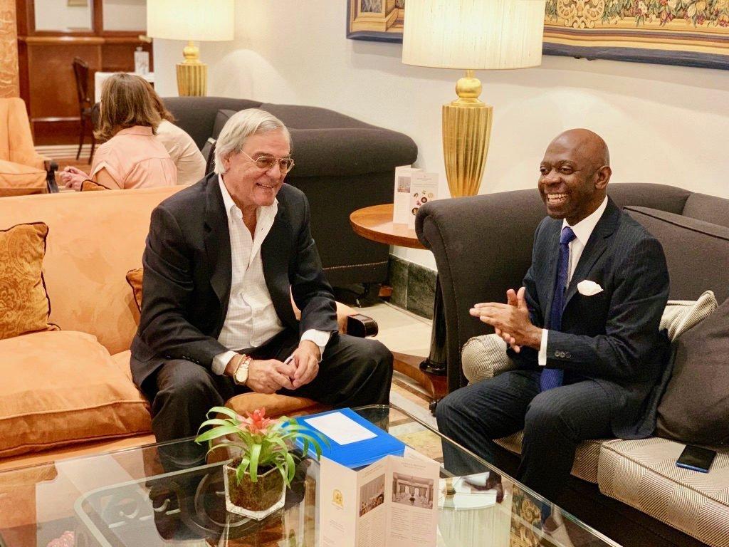 Guinea Ecuatorial ya trabaja codo con codo con la IDC