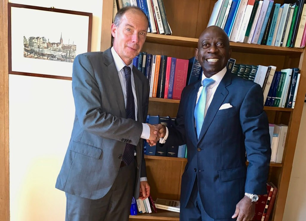 Nvono-Ncá meets the new clerk of the International Court of Justice