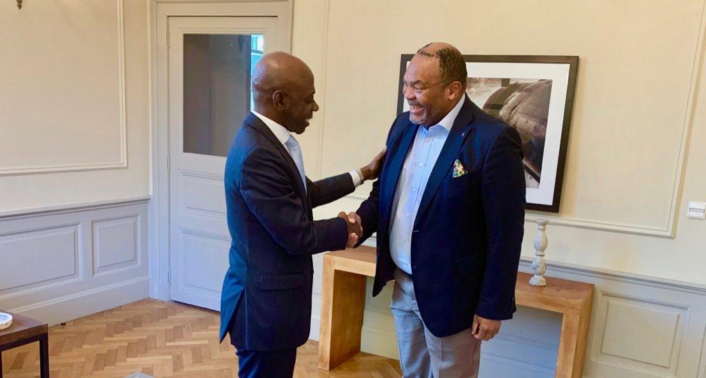 Bertin Mampaka apoya la candidatura del Presidente Obiang al Premio Best President