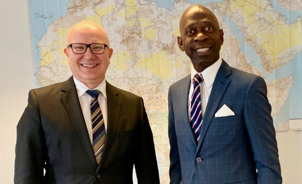 Nvono-Ncá se reúne con el nuevo Director de África del Ministerio de Exteriores belga