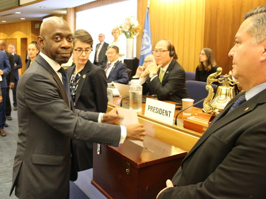 Nvono-Ncá vota en la Asamblea de la Organización Marítima internacional en Londres