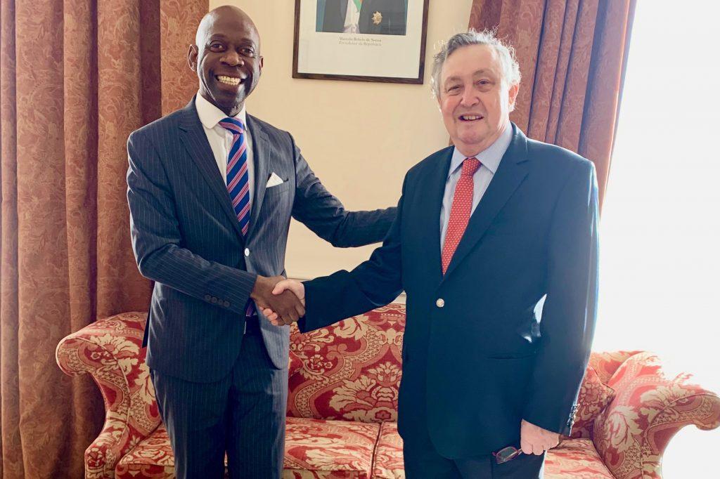 Nvono-Ncá trata la cohesión del Grupo CPLP junto con el Embajador portugués en Londres