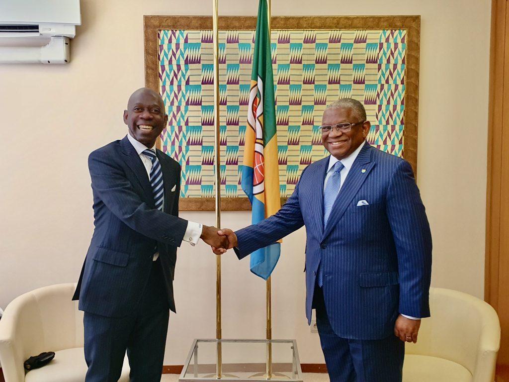 El Secretario General de la ACP informa a Nvono-Ncá de la designación del primer Director de la Oficina de Cooperación Sur-Sur y Triangular de Malabo