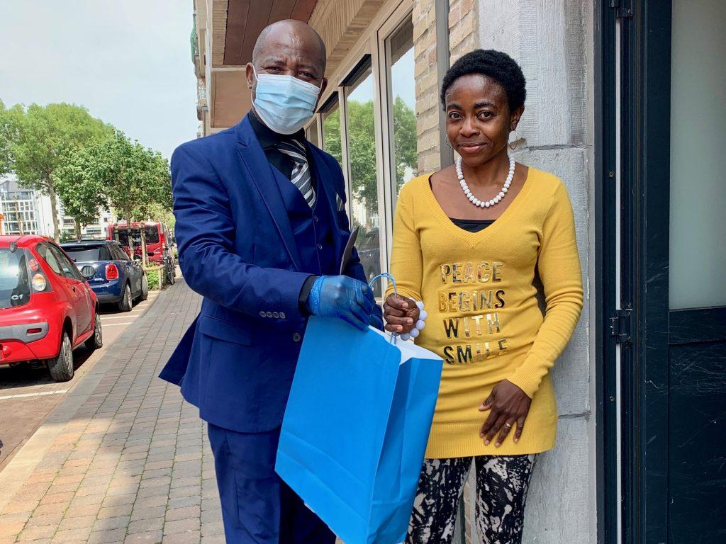 El material de protección contra el Coronavirus donado por la Embajada en Bruselas llega a Namur